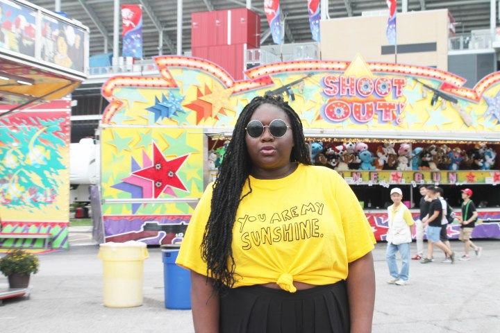 The CNE, mini donuts and a mellow yellow ootd